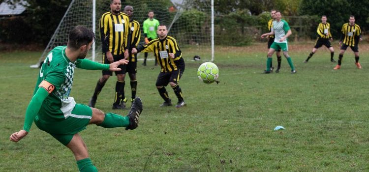 Match Report – Long Crendon FC 6 – 0 Chalfont Wasps